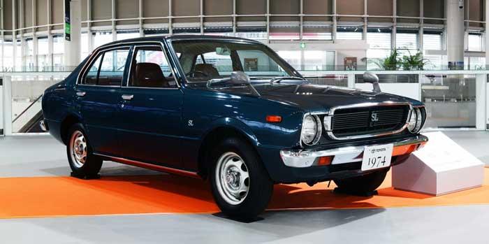 Toyota Corolla de tercera generación.