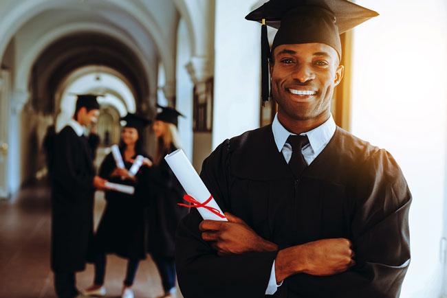 La Licenciatura como requisitos básicos para una Maestría profesional